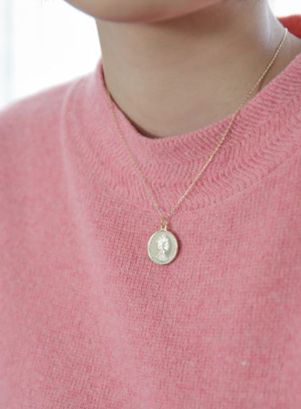 Coin round necklace-모스빈
